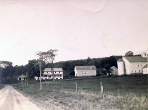 old-view-of-Goodmanor-Farm
